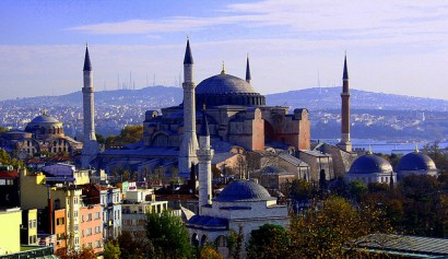 We love Turkey, we offer our best service to welcome you to Italy.