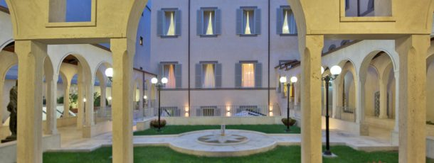 Stunning Hotel In Perfect Roman Location