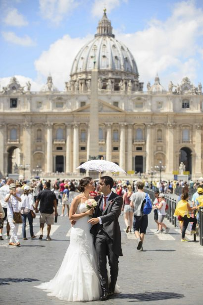 GETTING MARRIED IN ROME WITH ANNA MARIA NARDI OF WEDDING PLANNER ROMA