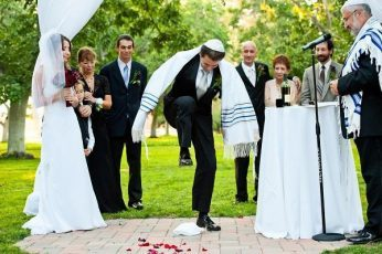 Jewish Wedding in italian Synagogue