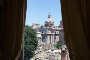 Foro Romano Palace