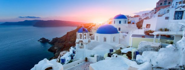 Greece: a rough diamond for your wedding day or your vows renewal with your soulmate and the whole family!