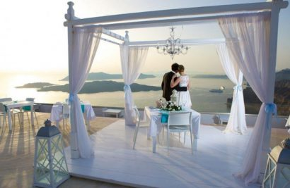 Your Idyllic Wedding In Santorini
