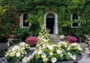 A Charming Garden For Your Wedding