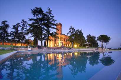 A unique Castel for your incredible wedding !!