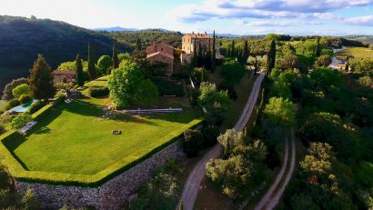 DREAM CASTLES FOR A FAIRYTALE WEDDING IN TUSCANY ENCHANTING DESTINATION WEDDING !