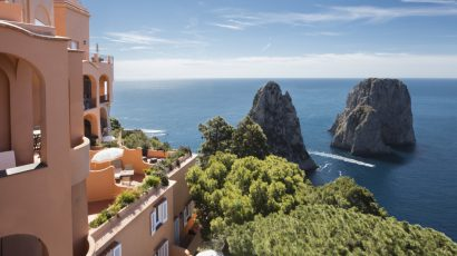 YOUR WEDDING DAY IN A BEAUTIFUL VENUE IN CAPRI ON THE TOP OF THE WORLD !