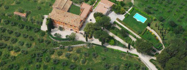 Destination Wedding in the roman countrysisde!