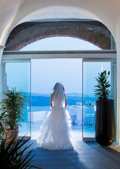 Santorin, un Paysage de Carte Postale pour votre Mariage
