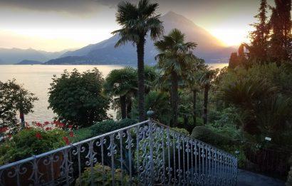 Une Cérémonie Simple Et Dans l'Intimité au Lac de Côme