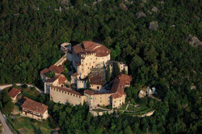 Célébrez votre mariage dans un réel château chargé d'histoire !