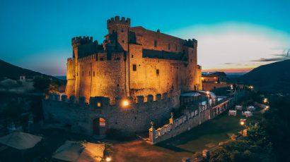 Sentez-vous comme un roi et une reine le jour de votre mariage, mariez-vous au château près de Rome!
