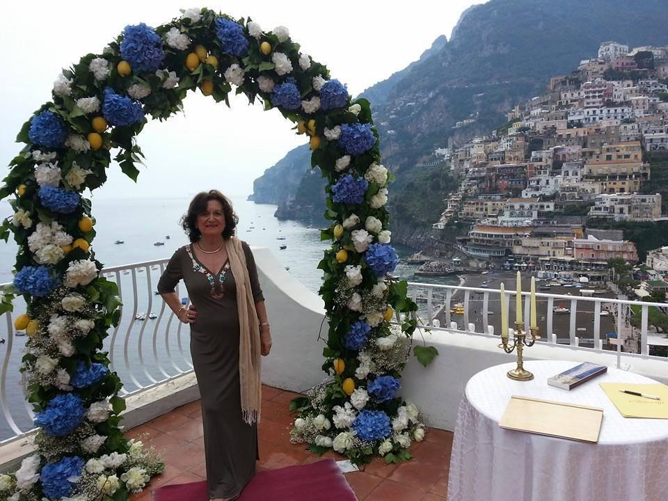 Celebrante Matrimonio Simbolico Puglia : Rosa una celebrante per matrimonio simbolico in italia