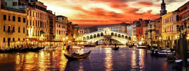 Pacchetto per una proposta magica in Italia