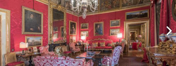 Un Meraviglioso Palazzo Nella Splendida Città Di Roma