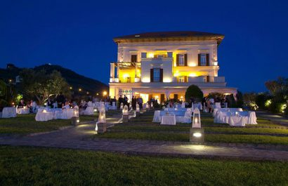 Il tuo matrimonio in un'enorme villa in Costiera Amalfitana!